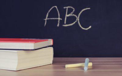 Zasadność wypłaty wynagrodzenie dla nauczyciela za cały okres bez pracy